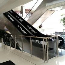 Облепяне с фолио на парапет на ескалатор - реклама Варна